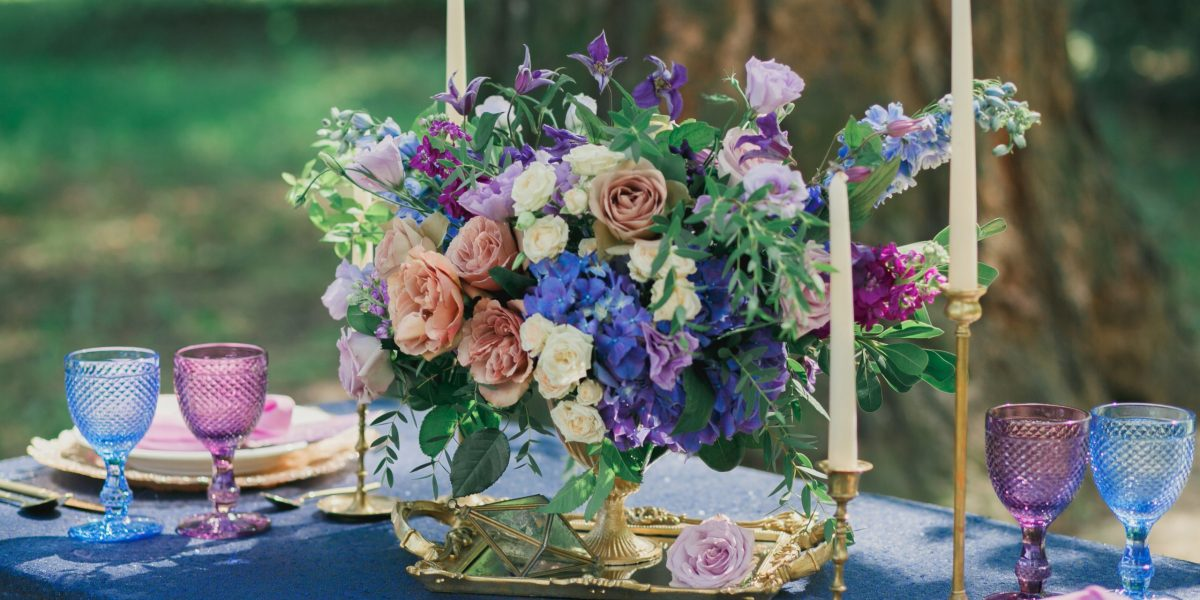 Classic Blue Table Centrepiece